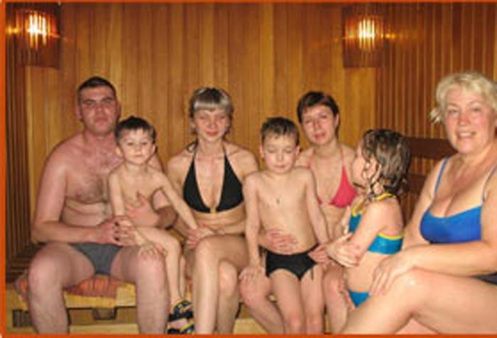 Семья в сауне: фото и картинки семья в сауне, скачать